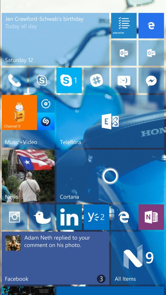 Customized Lumia 950 Start page